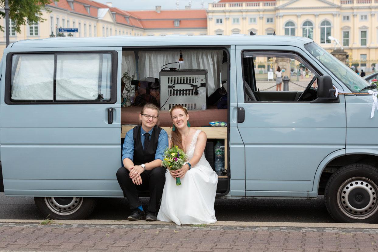 Franzika_Katharina_Schloss_Charlottenburg_Gleichgeschlechtliche_Hochzeit-(16-von-10)