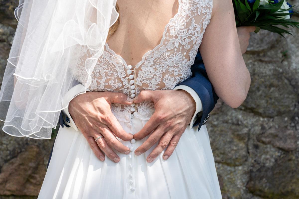 Hochzeitsfotos-Standesamt-Bernau-MT-(8-von-10)