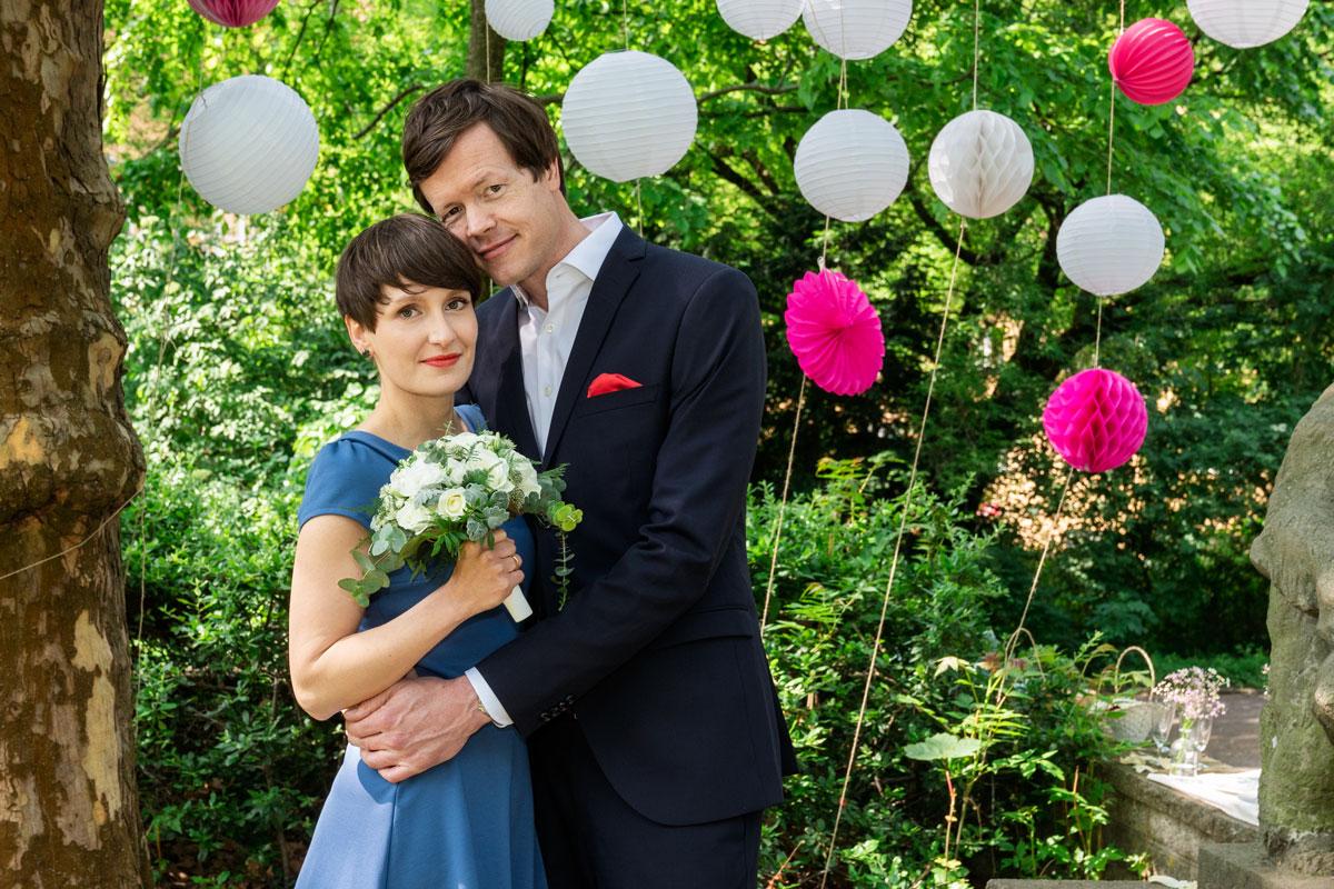 Hochzeitsfotos-Standesamt-Rathaus-Lichtenberg-V-F-(10-von-13)
