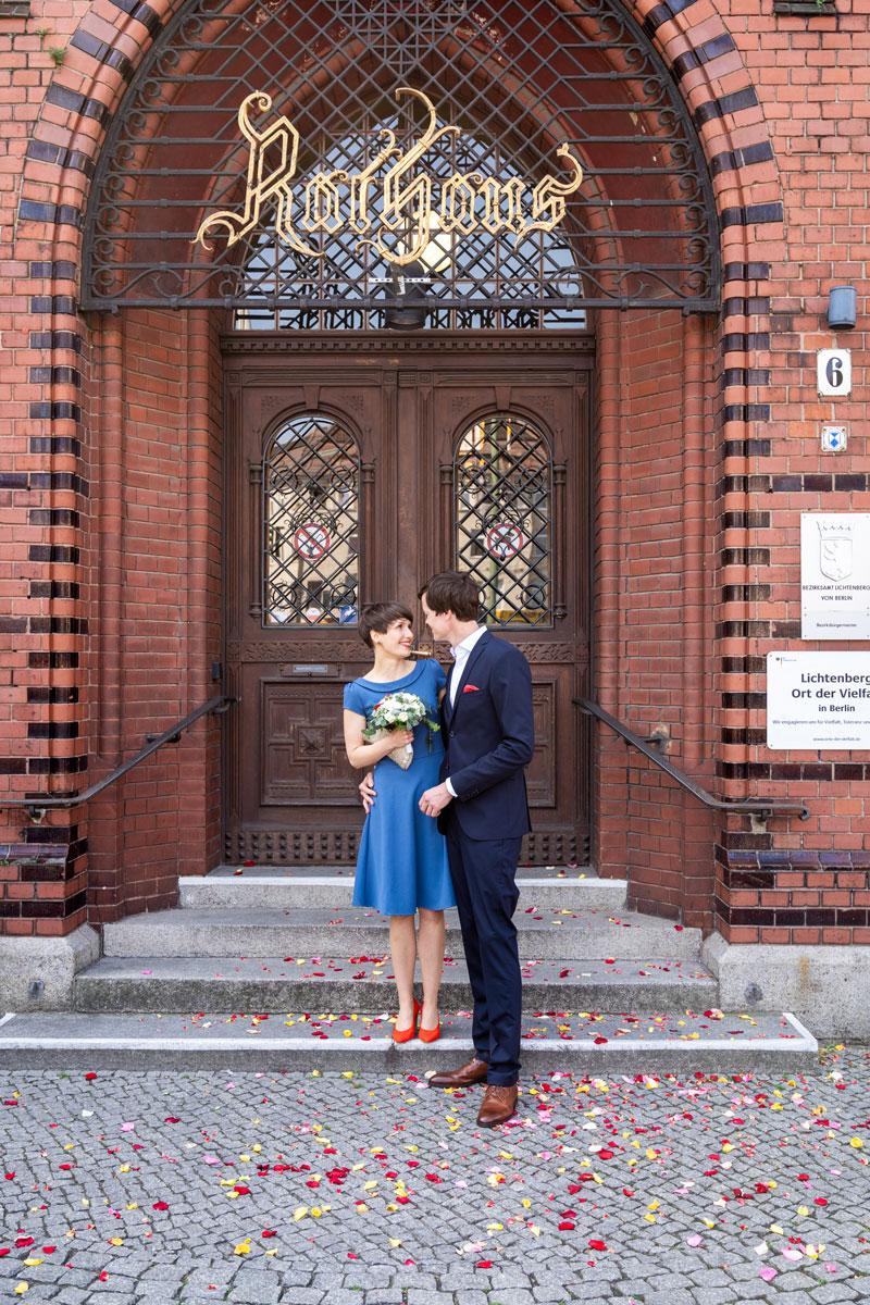 Hochzeitsfotos-Standesamt-Rathaus-Lichtenberg-V-F-(7-von-13)